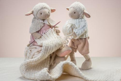 Pluszowa owieczka Ragtales