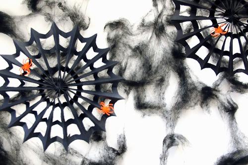 diy-spiderweb-paper-pinwheels