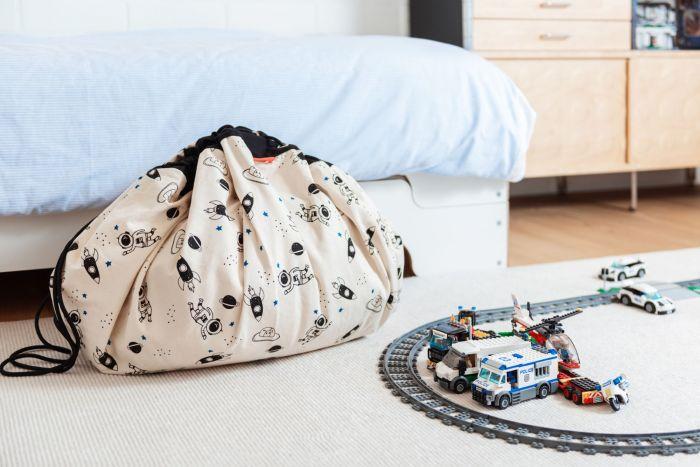 space-glow-toy-storage-bag-play