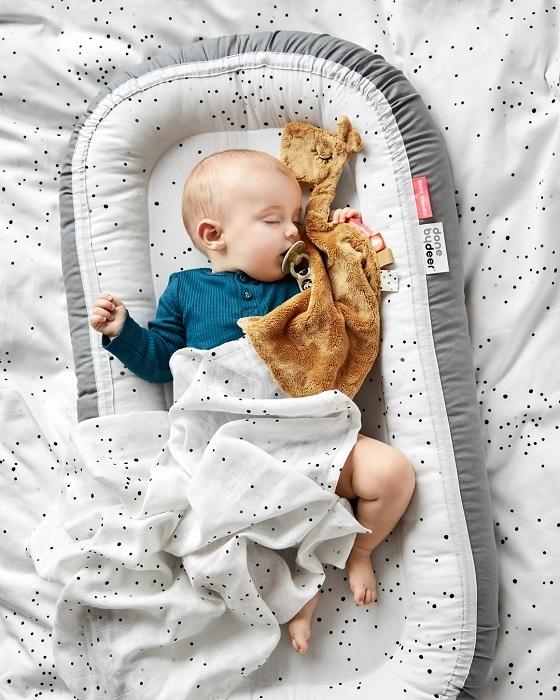 bezpieczny sen maluszka gniazdko (3)