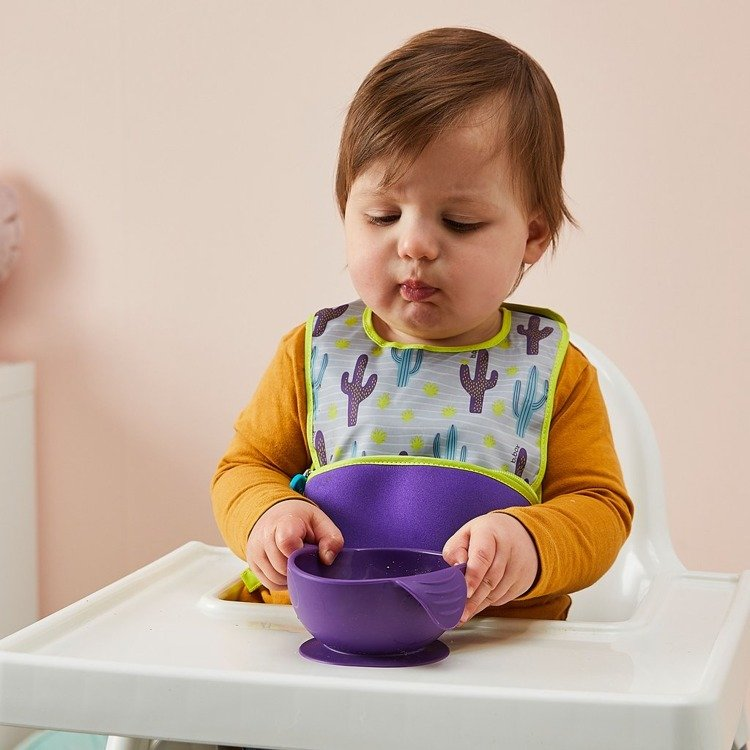 rozszerzanie diety - naczynia z przyssawka